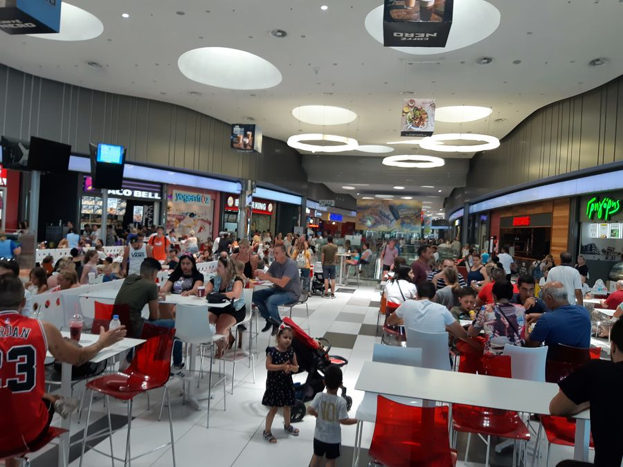 Kings Avenue Mall - Пафос, Кипр