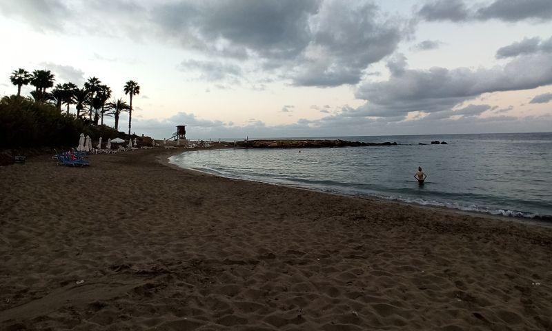 Пляж Vrisoudia в Пафосе